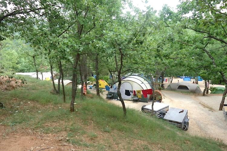 emplacement de camping en haut var