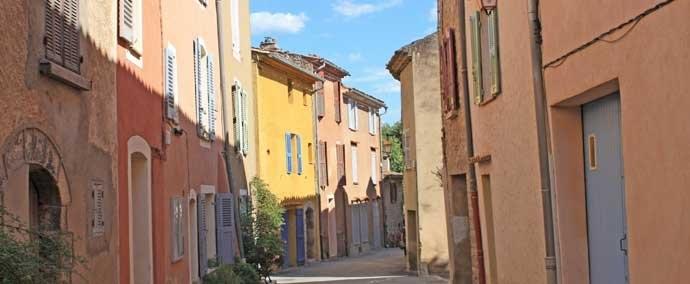 sillans la cascade-village provence